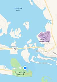 Tonight's anchorage just inside Beaufort inlet.